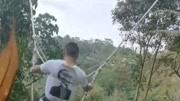 峇里島的網紅鞦韆為啥好玩?看大叔的操作,是因為蕩的方式不一樣