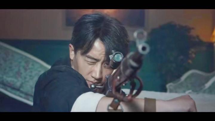 瞄准16黄轩重新拿枪救人,小镜子为帮他确定方位会被陈赫杀了吗?